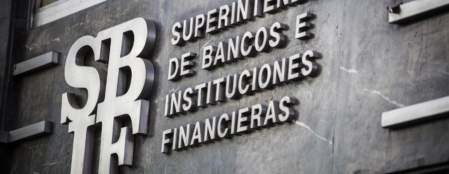 FUENTE Cliente Bancario